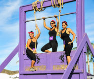 Konkurrenter 2014 för Muderrella gyttjalopp som poserar på väggen Royaltyfria Foton