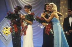 Konkurrenter i 1994 fröcken America Pageant, Atlantic City som är nytt - ärmlös tröja fotografering för bildbyråer
