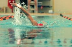 Konkurrenzschwimmer Stockfoto