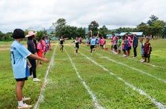Konkurrera på 100 meter Royaltyfria Foton