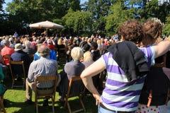 Konsert för levande musik i parkera i staden Rotterdam i sommaren Fotografering för Bildbyråer