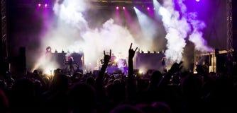 konsertfolkmassa Arkivfoton