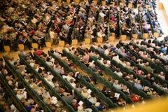 Konserthall Auditori Banda kommunal de Barcelona med åhörare Arkivfoto