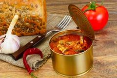 Konserwować Rybia brzdąc w Pomidorowym kumberlandzie Fotografia Stock