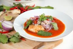 Konserwować rybia sałatka, jedzenie w Tajlandia Obrazy Royalty Free