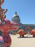 Konst framme av stadshuset i San Francisco Royaltyfri Fotografi