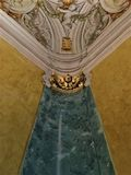 Konst, frescoes och inredesign i den Buonaccorsi slotten, Macerata stad, Italien arkivbild