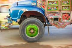 Konst- och panoreraskott för lastbil Fotografering för Bildbyråer