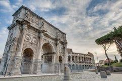 Konstantinsbogen in Rom, Italien Stockfotos