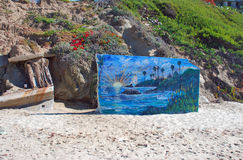 Konstarbete på den huvudsakliga stranden, Laguna Beach, Kalifornien Royaltyfria Foton