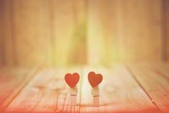 Konstbakgrund av Valentine Day, tappningfilterbild Arkivfoton