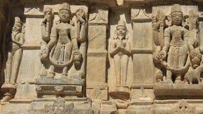 Konster stenar inristar med traditiona Royaltyfri Foto