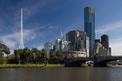 Konsterna centrerar tornspiran och den södra banken Melbourne Fotografering för Bildbyråer