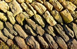 konstgjord blå ljus stenvägg Arkivfoto