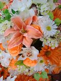 Konstgjorda blommor 123 konstgjorda blommor Arkivfoto