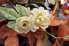 Konstgjorda blommor Fotografering för Bildbyråer