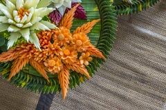 Konstgjorda blommor för Closeup som gjorde från grönsaker Royaltyfri Bild