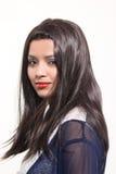 Konstgjorda hår för kvinnahårstilar arkivfoto
