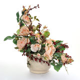 konstgjorda keramiska blomkrukablommor Arkivbilder