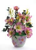 konstgjorda keramiska blomkrukablommor Royaltyfria Bilder