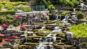 Konstgjorda vattenfall i Frankenmuth Michigan Arkivbild