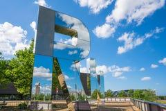 Konstinstallation vid inkörda Monica Bonvicinis - parkerar det olympiskt, London UK Arkivbilder