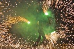 konstnärer som jonglerar sparklingpersonaler Royaltyfri Bild