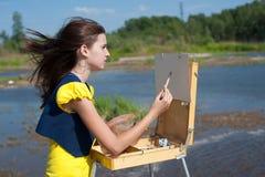 konstnärflicka Fotografering för Bildbyråer