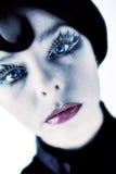 konstnärlig flicka för blåa ögon Royaltyfri Bild