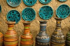 Konstnärlig handgjord lerakrukmakeri Arkivbilder