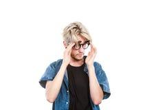 Konstnärlig man för Hipster med excentriska exponeringsglas Royaltyfri Bild