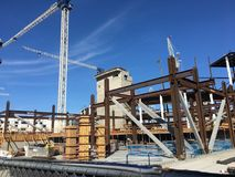 Konstruieren des neuen Hauses für das Basketball-Team Sans Francisco Golden Gate Warriors, 2 stockbilder