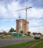 Konstruktion av bostads- byggnad för 18 berättelse Royaltyfri Bild