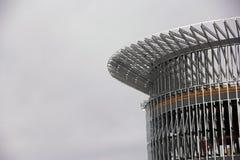 Konstruktion av den runda ramen för stålkolonn Arkivfoton