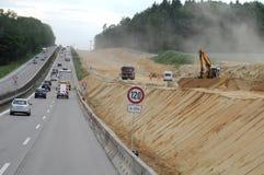 Konstruktion av huvudvägar i Tyskland royaltyfria bilder