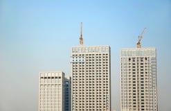 Konstruktion av kontorsbyggnad Arkivfoton