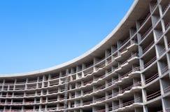 Konstruktion av lägenhethuset Arkivfoto