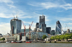 Konstruktion av moderna London Royaltyfri Bild