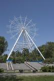 Konstruktion av pariserhjulen 65 meter i Rostov-On-Don Fotografering för Bildbyråer