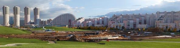 Konstruktion av parkera i Moskva Royaltyfri Fotografi