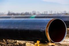 Konstruktion av rörledningen för gasledningtrans. Adriatiska havet - KLAPP royaltyfri bild