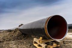 Konstruktion av rörledningen för gasledningtrans. Adriatiska havet - KNACKA LÄTT PÅ i inget royaltyfri foto