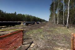 Konstruktion av rörledningen av smält naturgas från LNGterminalen på Swinoujscie i Polen fotografering för bildbyråer