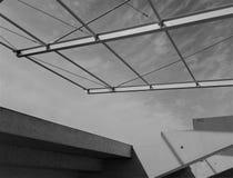 Konstruktion av taket av stadion royaltyfria foton