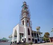 Konstruktion och byggandemoské i Thailand Royaltyfria Foton