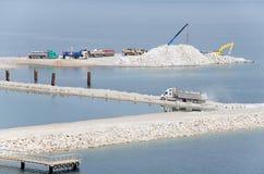 Konstruktionen av bron Kerch Royaltyfria Bilder