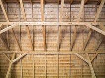 Konstruktionen av ett trätak från bräden royaltyfri foto