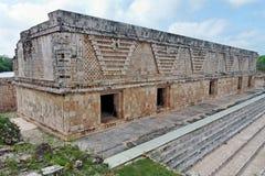 konstruktionsfacade mexico uxmal yucatan Arkivfoton