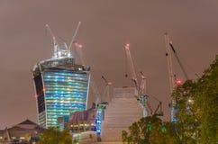 konstruktionslondon skyskrapa Arkivfoton