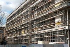 konstruktionsmaterial till byggnadsställning Royaltyfri Bild